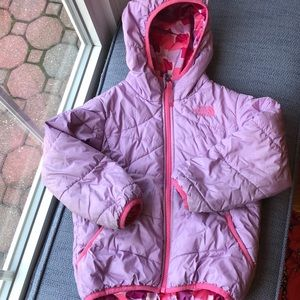 The North Face reversible 4T puffer/purple pink